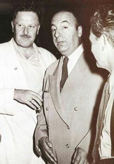 Nazim Hikmet con Pablo Neruda durante l'epoca in cui Hikmet visse in esilio a Mosca