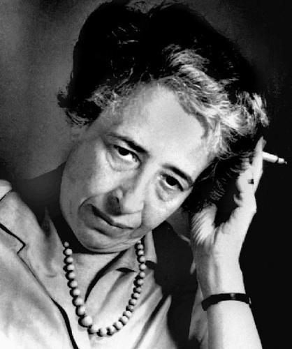 Hannah-Arendt-vieille1